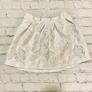 Children's Place size 5 Silver Jacquard Skirt